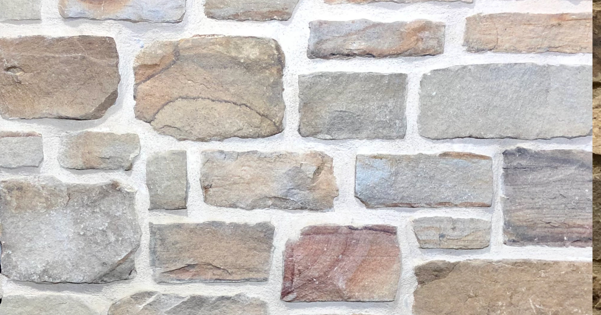 Cottage Split Stack Exterior Stone Pattern by Lamb Stone